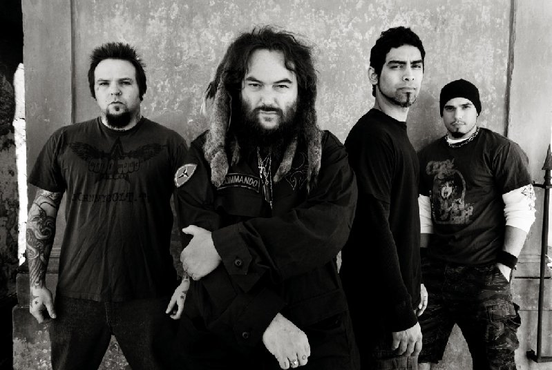 Soulfly 01