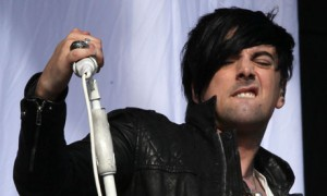 LOSTPROPHETS PJEVA IAN WATKINS ODBACUJE OPTUBE ZA VIESTRUKO SEKSUALNO ZLOSTAVLJANJE DJECE