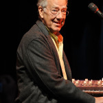 THE DOORS KEYBOARDIST RAY MANZAREK DIES AT 74