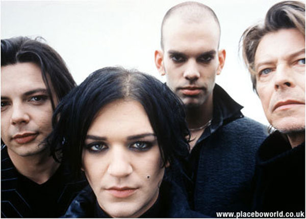 Placebo---David-Bowie-placebo-64910_420_300